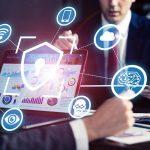 advogado dentro do escritório usa a tecnologia para explicar o que é business intelligence